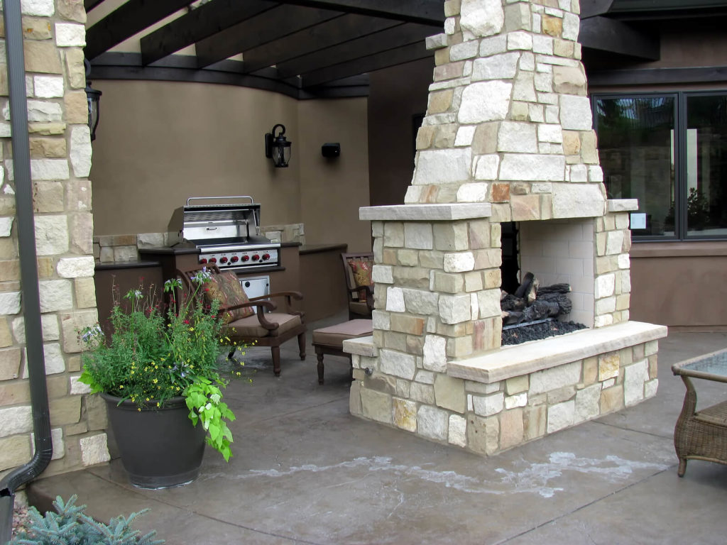outdoor dining room Longmont